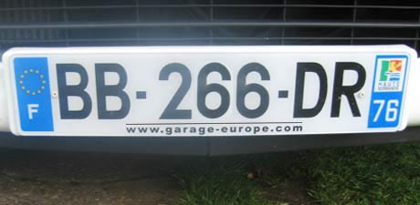 Plaques d 39 immatriculation personnalis es plaques d for Garage plaque d immatriculation